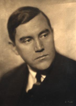 Kinodirektør Kristoffer Aamot (1889-1955. Fotograf og årstall ukjent.